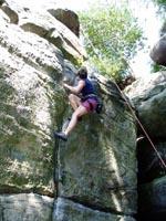 Suzina_climbing_2